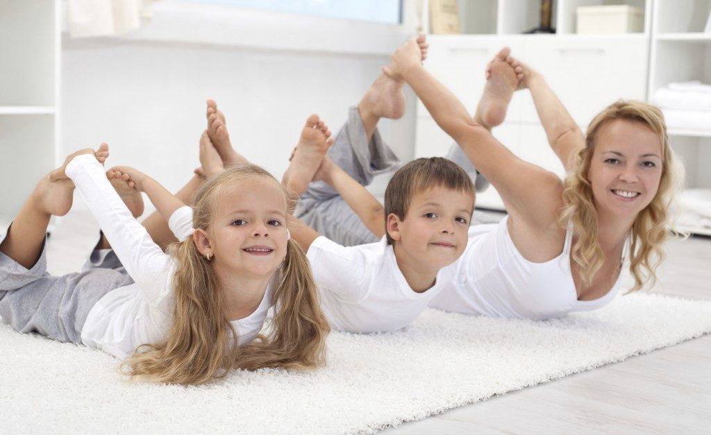 Childrens Yoga Family